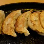海鮮酒場 うごう - 背脂餃子