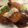 キッチンスズキ - 料理写真:ハンバーグ盛り合わせ定食エビフライとカニコロッケ