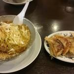 成龍 - ネギ中華と餃子