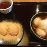 茶房もちつき庵 - モーニングメニューのつきたてセット。大根おろし餅+きなこ餅(税込780円、2016年9月)