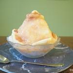 パーラーマズルカ - 料理写真:イチジクカキ氷850円