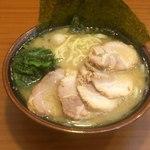 町田商店 - チャーシュー麺