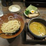 しゅういち - カレーつけ麺 ※ミニライス無料サービス