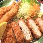 かつ雅 - 料理写真:名古屋人のソウルフード「エビふりゃ〜」とロースカツがワンプレートに