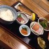 炉端のくろ兵衛 - 料理写真:お刺身と炭火焼きトロサバ定食♡