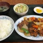 中華新楽 - 酢ブタ定食=780円