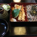 そば処 寿々喜 - いつものパターン、相方の「天ざる」…(2016.9)