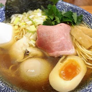 中華そば よしかわ - 料理写真:煮干しそば白醤油 780円 味玉トッピング 100円