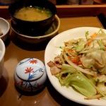 やよい軒 - 肉野菜炒め定食