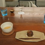 56105614 - 葛饅頭「初雁」、煎茶「雁が音」