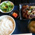 炙りや秀苑 - 料理写真:カルビ定食