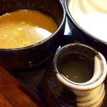 56134570 - スープ割り用のスープが徳利(?)で来る。