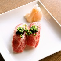 ・県産和牛炙り寿司(二貫)
