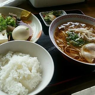 かどや食堂 - 料理写真:お昼のサービスセットB