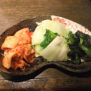 サムライキッチン - お漬け物の盛り合わせ