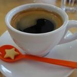 カフェ チョコッティー - (2016/7月)コーヒーに添えられたミニクッキーが可愛い