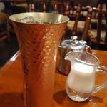 六曜舎 - アイスコーヒー
