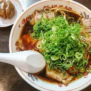 新福菜館 - 料理写真:中華そば730円+煮玉子100円