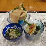 ぎょうざ工房 - 函館珍味色々盛合せ:烏賊の粕漬け、ツブ貝、鰊の酢漬け2