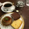 丸福珈琲店 - 料理写真:パウンドケーキとコーヒープリンのセット@920円