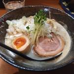 みつ星製麺所 - 料理写真:濃厚らーめん(750円)