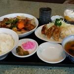一品香 - 料理写真:酢豚定食。