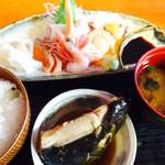 いなば鮮魚 - 料理写真:〜お刺身定食〜 一番人気⁉︎