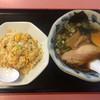 せんりゅうラーメン - 料理写真:②セットのラーメンとチャーハン