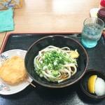 ゴッドハンド - 料理写真:ぶっかけうどん小+玉ねぎ天