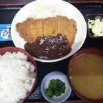 お好み焼たっちゃん - こちらは味噌カツ定食