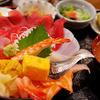 海鮮酒場 凧凧 - 料理写真:海鮮丼(1800円)