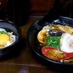 56330153 - とんこつ黒らーめん+卵かけご飯