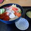 福よし - 料理写真:海鮮丼(平日限定)