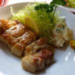 源氏食堂 - 豚肉塩焼き(並・900円)