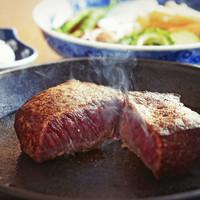 伊勢肉の肉塊焼き