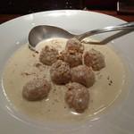 Wine bistro 晴 - 料理写真:「鶏つくねのゴルゴンゾーラクリームソース」