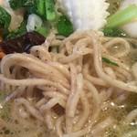 胡椒饅頭PAOPAO - 海鮮こしょう麺(塩味)に使われている「こしょう麺」(アップ)