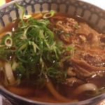 為治郎 - 牛肉うどん  900円
