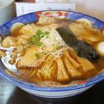かつみ - 2016年9月 肉ワンタン麺大盛り黒(980円)