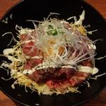 炭焼きビストロ楽 - ローストビーフ丼をアップで!