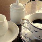 パラクレートス西村 - 食後のコーヒー ¥100