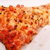 キャプテンフックス ギャレー - 料理写真:ベーコンとパイナップルのピザ
