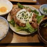 56472201 - チキン南蛮定食+生卵