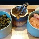やまみ - やまみ 木場店 食べ放題の辛子明太子・柚子いか(塩辛)・辛子高菜