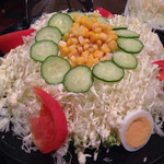 筑前屋 - 野菜サラダレギュラー¥380、山盛りです!