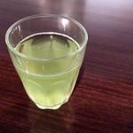 伊右衛門サロン - サービスの緑茶