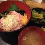 炉端かば - ネギトロ丼900円