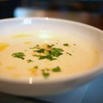 IVY PLACE - カリフラワーのスープ
