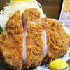 とんかつ 櫻 家 - 料理写真:極上ジャンボロースかつ定食