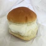 カメオカハサムコッペパン - ミルククリーム